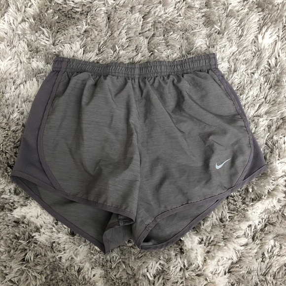 girls gray dry fit nike shorts